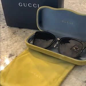 Gucci sunglasses 😎